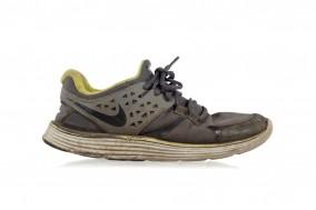 Кроссовки Nike LUNARSWIFT+ 3 SHIELD