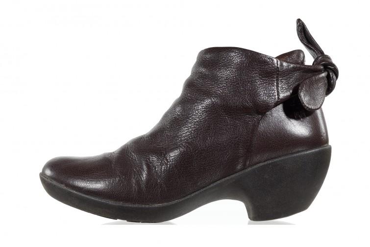 Женские ботинки б/у Fly London 62UB коричневые