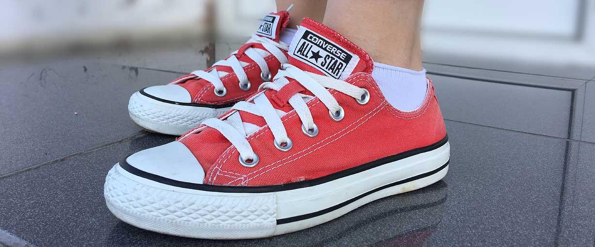 Красные конверсы - купить в интернет-магазине vintageshoes.ru 8e63718b363